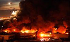 Во время пожара на рынке в Подмосковье пострадало 8 человек
